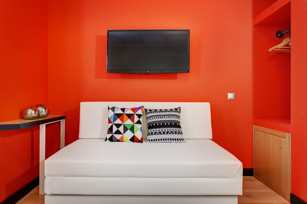 Cozy Room Red